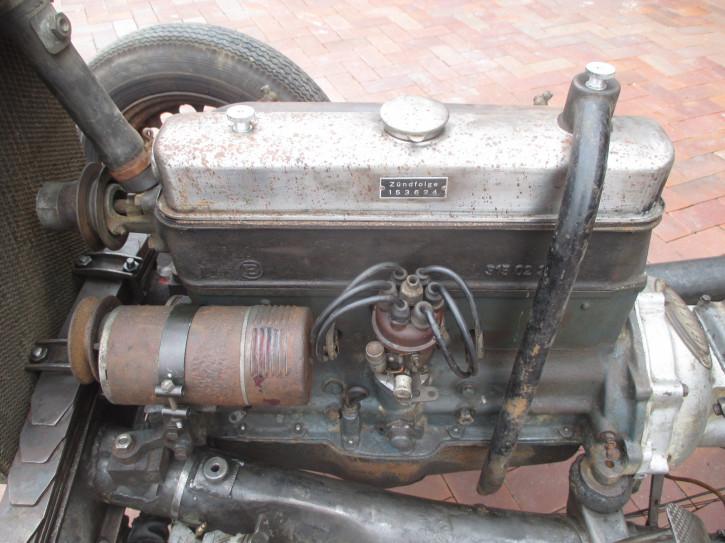 Fahrgestell mit Motor und Getriebe BMW 315