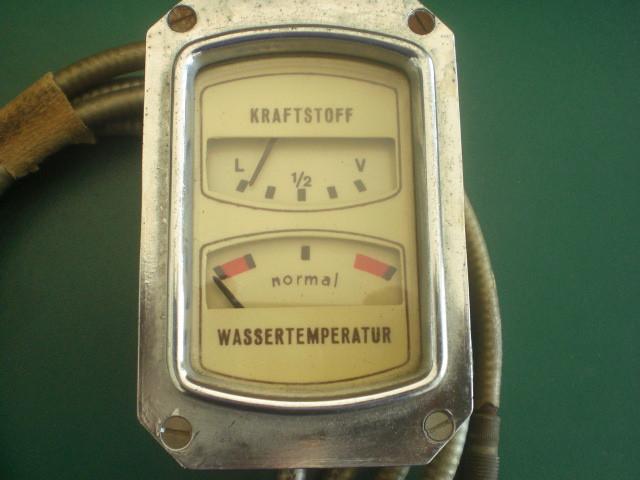 Kombigerät Wassertemperatur und Kraftstoff